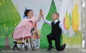 фото 05 танцы на инвалидных колясках